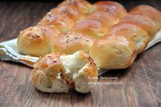 Скажу сразу, спасибо Олечке( Черешенки ) за замечательный рецепт булочек!!! Я как увидела их в ее блоге, и вспомнив, что у меня с ужина о...