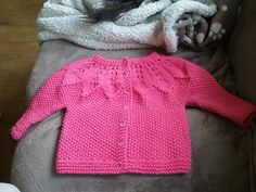 Ravelry: Project Gallery for Star Bright Baby Cardigan and Hat pattern by Heather Lodinsky
