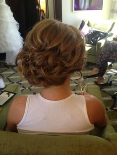 Beautiful soft curly up do | wedding hair