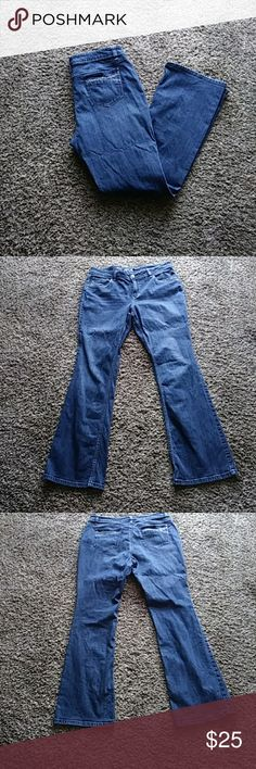 Apt 9 Bootcut Jeans Good condition. Size 16. Waist 36in. Bootcut. Inseam 31in Apt. 9 Jeans Boot Cut