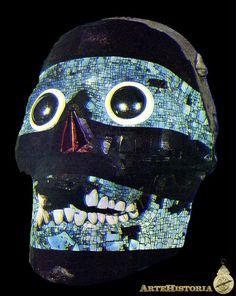 Frente de calavera con mosaico de turquesa y azabache. Cultura Azteca (México) - Obra - ARTEHISTORIA V2