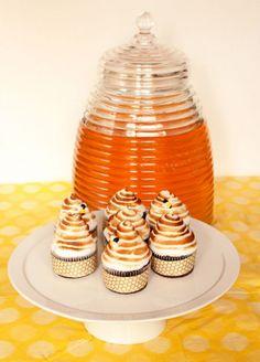 Chocolate Beehive Cupcakes2