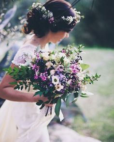 Pin for Later: These 27 Wildflower Bouquets Are the Most Beautiful Thing You'll See All Day