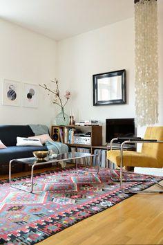 My Living Room: Colorful by Anita Goda Cozy Living Rooms, Living Room Interior, Home And Living, Moroccan Decor Living Room, Living Room Decor, Moroccan Rugs, Carpet Diy, Diy 2019, Modern Interior
