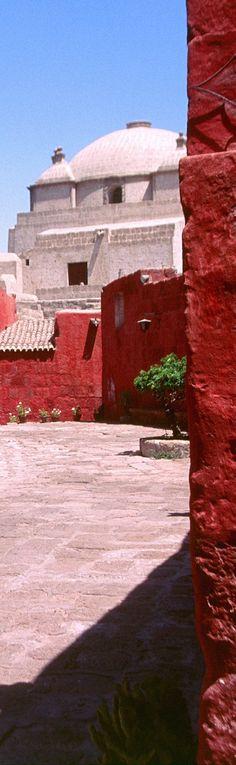 Santa Catalina Monastery - Arequipa   Peru