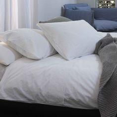 HS Corlaga Wit 140x220+40 cm + 60x70 cm #duvet #duvetcover #bedding #bedroom #bed #dekbedovertrek #dekbedovertrekset #overtrek #lakens #sheets #bedsheets > www.marington.nl