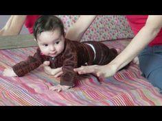 Encourager et Respecter la Motricité des Bébés - YouTube