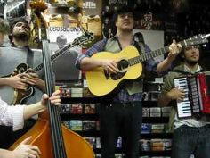 Mumford And Sons - Sigh No More - Rare Live Acoustic