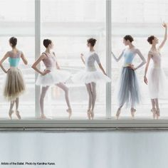 Artists of The National Ballet of Canada (photo by Karolina Kuras)