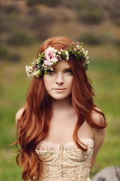 pretty pink + foliage flower crown on red hair // Via Hey Pretty Wedding hair redhead Best Red Hair Dye, Dyed Red Hair, Purple Hair, Pretty Hairstyles, Wedding Hairstyles, Style Hairstyle, Hairstyle Ideas, Hair Ideas, Ginger Hair