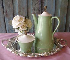 Tea Pot ~ Sugar Bowl ~ Vintage Tea Pot And Sugar Bowl ~ Apple Green Tea Pot ~ Pale Green Sugar Bowl ~ Cottage ~ Farmhouse ~ Country ~ by CozyCottageByThePond on Etsy