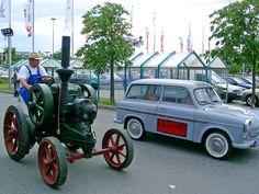 Alle Größen | Trabant P60 Kombi und Lanz Traktor | Flickr - Fotosharing!