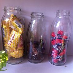 Será q eu gosto de guardar potinhos e garrafinhas? #decoracao #potinho…