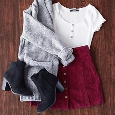 Who doesn't love a cute little corduroy skirt? Who doesn't love a cute little corduroy skirt? Teen Fashion Outfits, Mode Outfits, Look Fashion, Winter Fashion, Fashion Art, Womens Fashion, Trendy Fashion, Ladies Fashion, School Outfits