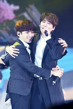 KyuWook is in the air <<< lol if I can't have them then I'll ship them