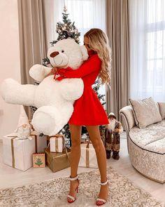 Teddy Love by Big Teddy, Teddy Girl, My Teddy Bear, Calin Couple, Teady Bear, Teddy Bear Pictures, Teddy Toys, Red Shoes, Bling Shoes