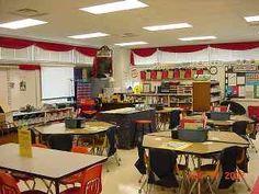-Hollywood Classroom Theme -pictures / photos -tips / ideas -bulletin board ideas -elementary school grade & kindergarten) Red Classroom, 4th Grade Classroom, Classroom Design, Kindergarten Classroom, Classroom Themes, Movie Classroom, Classroom Procedures, Future Classroom, Hollywood Room
