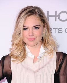 Kate Upton at the 2017 Harper's Bazaar 150 Most Fashionable Women party.