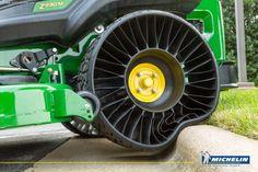 Компания #Michelin открыла первый в мире завод по производству безвоздушных шин.
