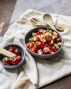 Wir bringen ein Stück Italien zu Dir nach Hause. Jetzt ausprobieren! #käse #schweizerkäse #sommer #summer #toskana #italy #italien #salat #salad #healthy #snack #party #apero
