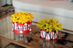 Centro de Mesa: Tambor com Flores