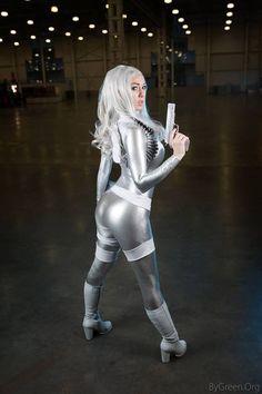 Hot Model Smirka Silver Sable Cosplay | Hot Cosplay Addict