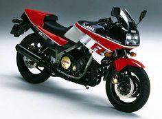 Fz750 Yamaha Cafe Racer, Yamaha Fz, Yamaha Motorcycles, Cars And Motorcycles, Cafe Racers, Retro Motorcycle, Japanese Motorcycle, Eddie Lawson, Motorcycle Manufacturers