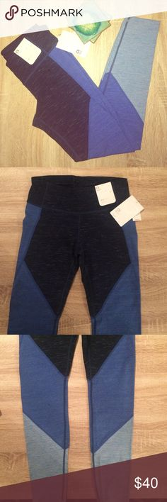 Gap Gfast Leggings in Navy Space Dye color 🍾 sale 🍾 Gap Gfast leggings regular rise fitted through the leg in Navy Space Dye color. Super cute and flattering for the gym or errands. New with tags. These are gapfit brand but I tagged as Athleta bc Gapfit wasn't an option. Athleta Pants Leggings