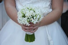 Your bridal bouquet with flowers of your birth month | December: Daffodil