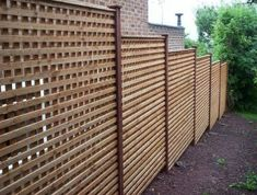 Natural Bamboo Fence Ideas for Your Garden. Not only an iron fence, concrete, or wood. Now natural bamboo fence is also a favorite of many, ranging from rural people to people who live in the ci. Brick Fence, Front Yard Fence, Farm Fence, Low Fence, Horse Fence, Fence Stain, Concrete Fence, Fence Art, Cedar Fence