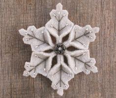 Snowflake Felt Pin Elegant Gray