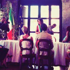 """#CristinaChiabotto Cristina Chiabotto: """"L'Amore guarda non con gli occhi,ma con l'Anima""""❤️.....W.Shakespeare. #Auguri #ValeLudo #wedding #felicita #gioiainfinita #Napoli #LOVE #AMORE #VITA"""