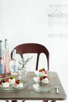 Półmisek szklany Grand Cru - nowość od Rosendahl - nowość w FabrykaForm. Grand Cru, Second Floor, Dinnerware, Table Settings, Teak, Flooring, Table Decorations, Interior, Furniture