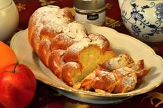 Vánočka recept na pletení ze šesti pramenů French Toast, Deserts, Food And Drink, Bread, Cheese, Chicken, Cooking, Breakfast, Christmas Pictures