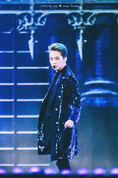 Xiumin - 161008 DMC Korean Music Wave Festival Credit: Pretty Boy. (DMC 코리아 뮤직 웨이브 페스티벌)