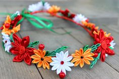 Rojas corona flor stud pendientes rústica boda set por Golubchak