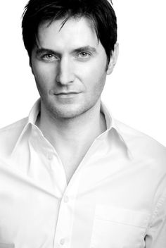 New Headshot - richard-armitage Photo