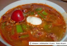 babgulyás kolbászal - Google keresés Goulash, Thai Red Curry, Stew, Chili, Ethnic Recipes, Food, Google, Chile, Essen
