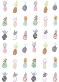 ZOE MICHELLE LOVES THIS PINEAPPLE PRINT