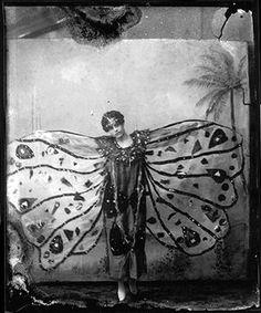 1920s butterfly girl