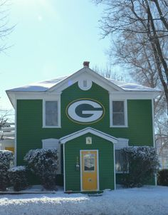Whoever lives here is possibly the most awesome person...EVER