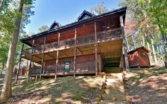 100 Acre Woods--This beauty has it all. 3 bedroom, 3 bath,  pool table,outside fire pit,hot tub, and gorgeous mountain views! http://cuddleupcabinrentals.com/CabinDetailGallery.php?CabinID=133%3E