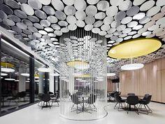 Der Spiegel's Cafe/Canteen by Ippolito Fleitz Group, Hamburg office design hotels and restaurants