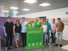 La vicepresidenta y consellera de Innovación, Investigación y Turismo, Bel Busquets, y el gerente de la Fundación Bit, Biel Frontera, han presentado el campus tecnológico de verano Emprenbit Tech Camp.