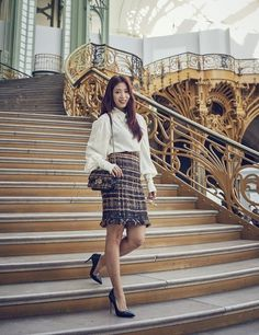 Park Shin Hye traveled to New York to model Coach bags and we think she's never looked better! Then she was spotted at Paris Fashion Week for Chanel and she looks stunning. This young lady i… Park Shin Hye, Gwangju, Suzy, Asian Woman, Asian Girl, Korean Actresses, Korean Actors, Celebs, Celebrities