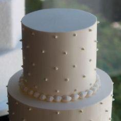 Swiss dot wedding cake <3 @Karen Jacot Darling Me Pretty @Ann Flanigan Flanigan Taylor