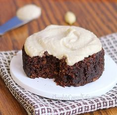 """A """"single-serving"""" cake that can be made in your microwave, tastes like a Reeses peanut butter cup, and is under 150 calories for the entire recipe!"""