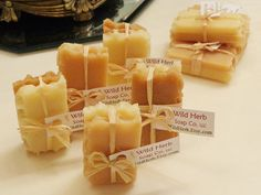 MINI HONEY Soap Sets 2 slice packs ADORABLE Goody Bag por WildHerb