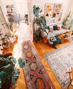 Bohemian Latest And Stylish Home decor Design And Life Style Ideas Decor Salon Maison Hollowen Bohemian Bedroom Decor Bohemian Decor Design Hollowen Home Ideas Latest Life Maison salon Style Stylish Decoration Inspiration, Room Inspiration, Decor Ideas, Home Decoration, Decor Diy, Home Entrance Decor, 70s Decor, House Entrance, Gift Ideas