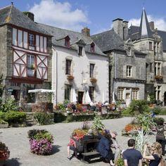 frankrijkpuur.nl | 10 van de mooiste dorpen en stadjes in Bretagne: Rochefort-en-Terre #dorp #stad #bretagne #rochefortenterre